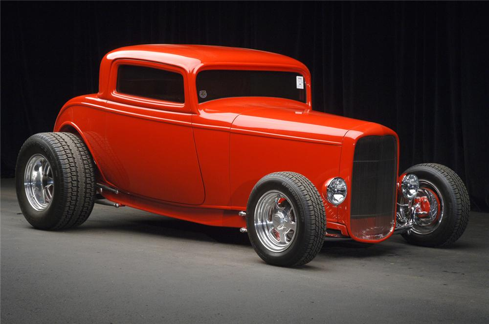 1932 FORD 3 WINDOW CUSTOM COUPE - Front 3/4 - 61391