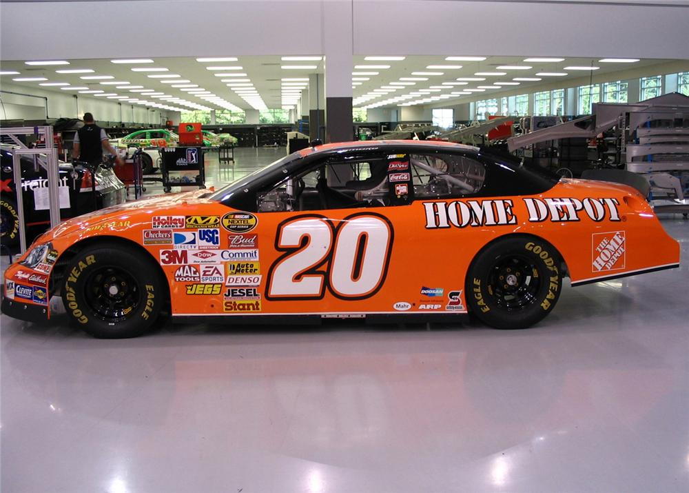 "2007 CHEVROLET MONTE CARLO NASCAR ""TONY STEWARTS"" - Front 3/4 - 61396"