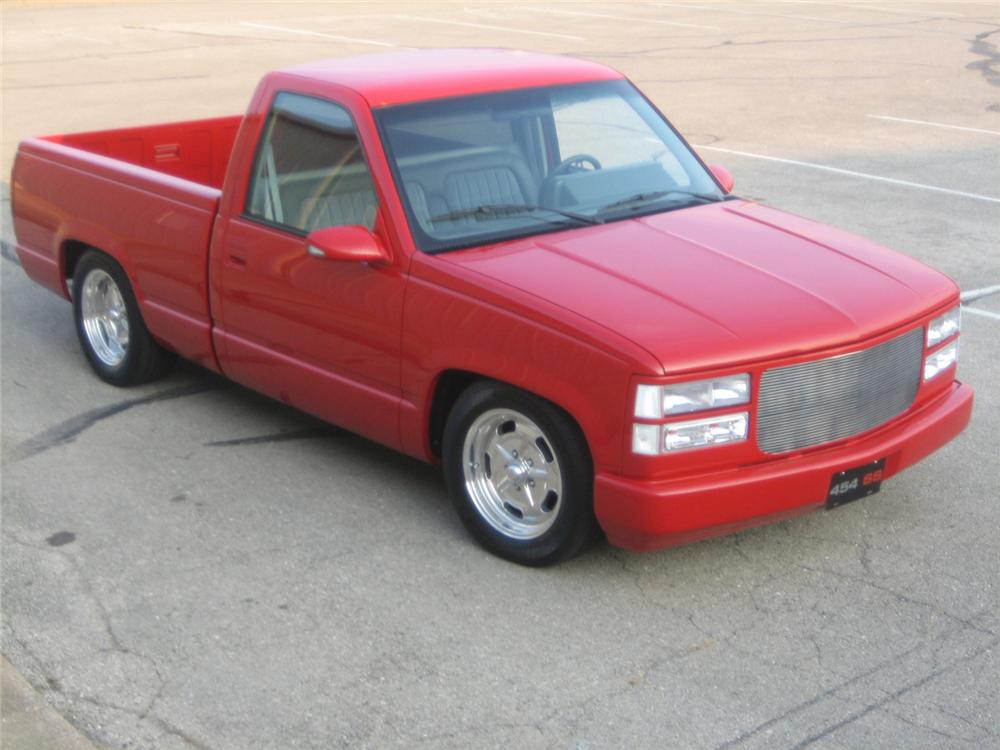1992 CHEVROLET 454SS CUSTOM PICKUP - Front 3/4 - 61452