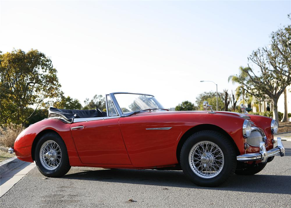 1963 AUSTIN-HEALEY 3000 MARK II BJ7 ROADSTER - Side Profile - 61465
