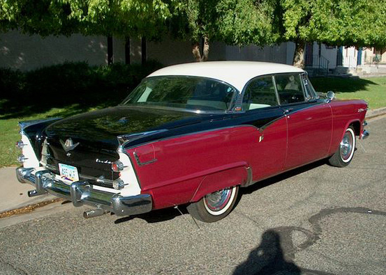 1955 DODGE CUSTOM ROYAL LANCER 2 DOOR HARDTOP - Rear 3/4 - 61468