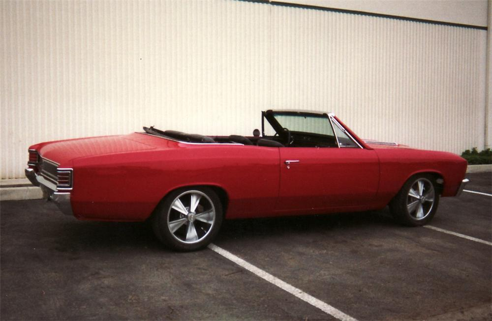 1967 CHEVROLET CHEVELLE CONVERTIBLE - Rear 3/4 - 61476