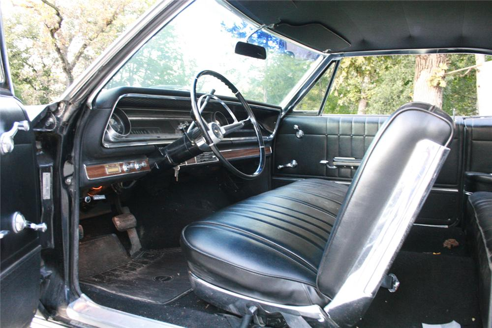 1965 CHEVROLET IMPALA 2 DOOR HARDTOP - Interior - 61493