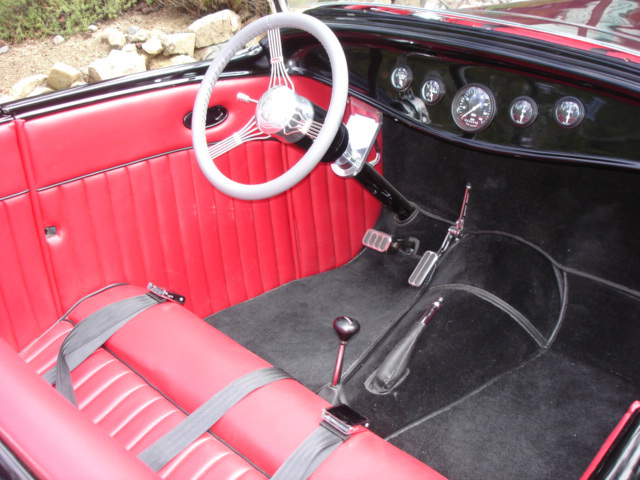 1932 FORD ROADSTER   - Interior - 61506