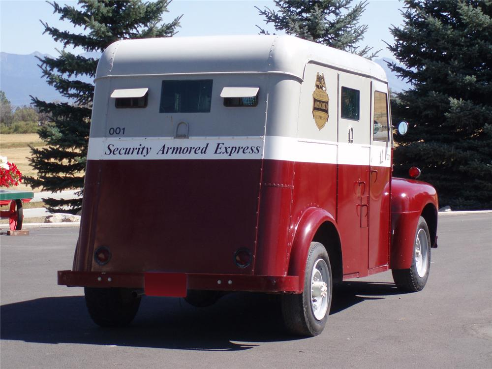 1952 FORD BANK ARMORED TRUCK 3/4-TON - Rear 3/4 - 61512