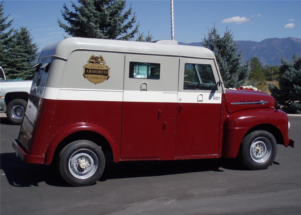 1952 FORD BANK ARMORED TRUCK 3/4-TON - Side Profile - 61512