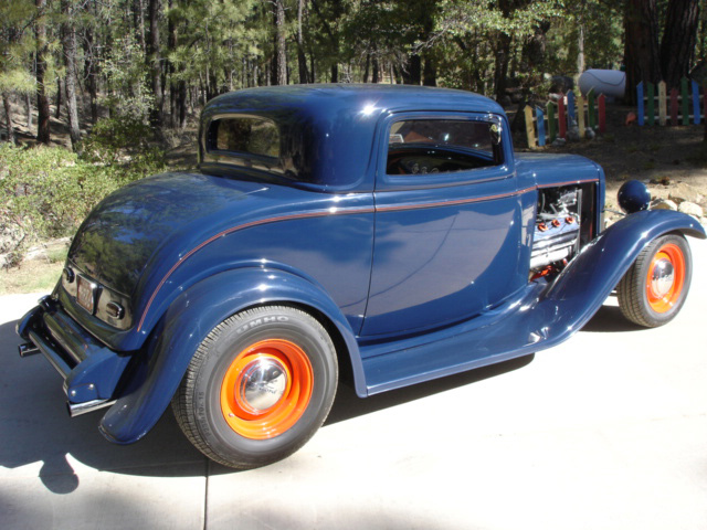 1932 FORD 2 DOOR CUSTOM COUPE - Rear 3/4 - 61532