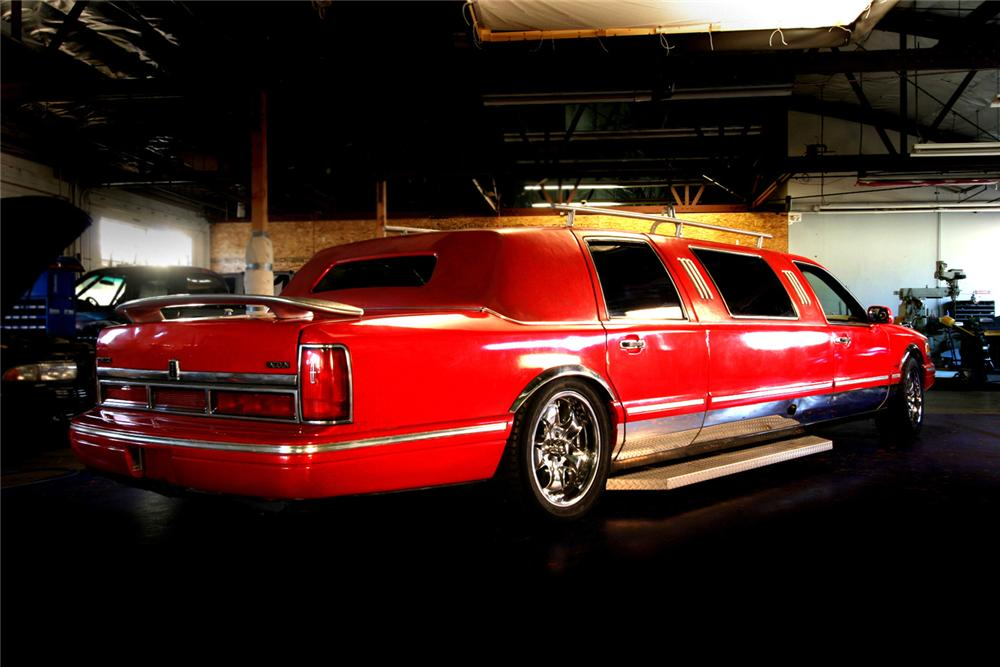 "1996 LINCOLN TOWNCAR CUSTOM ""FIRE TRUCK LIMO"" - Rear 3/4 - 61598"