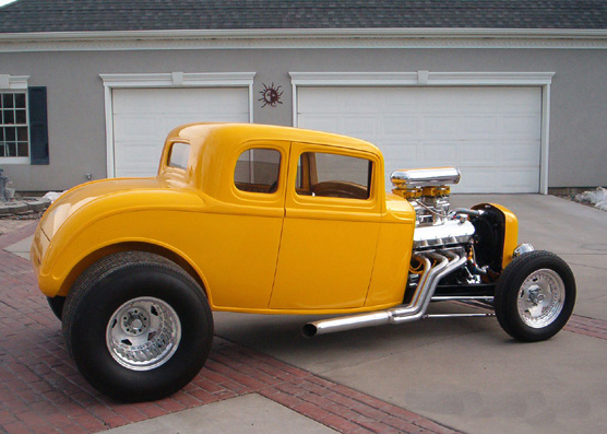 1932 FORD 5 WINDOW COUPE HOT ROD - Side Profile - 61630