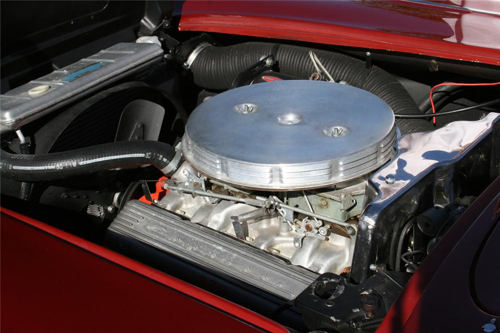 1961 CHEVROLET CORVETTE CONVERTIBLE - Engine - 61679