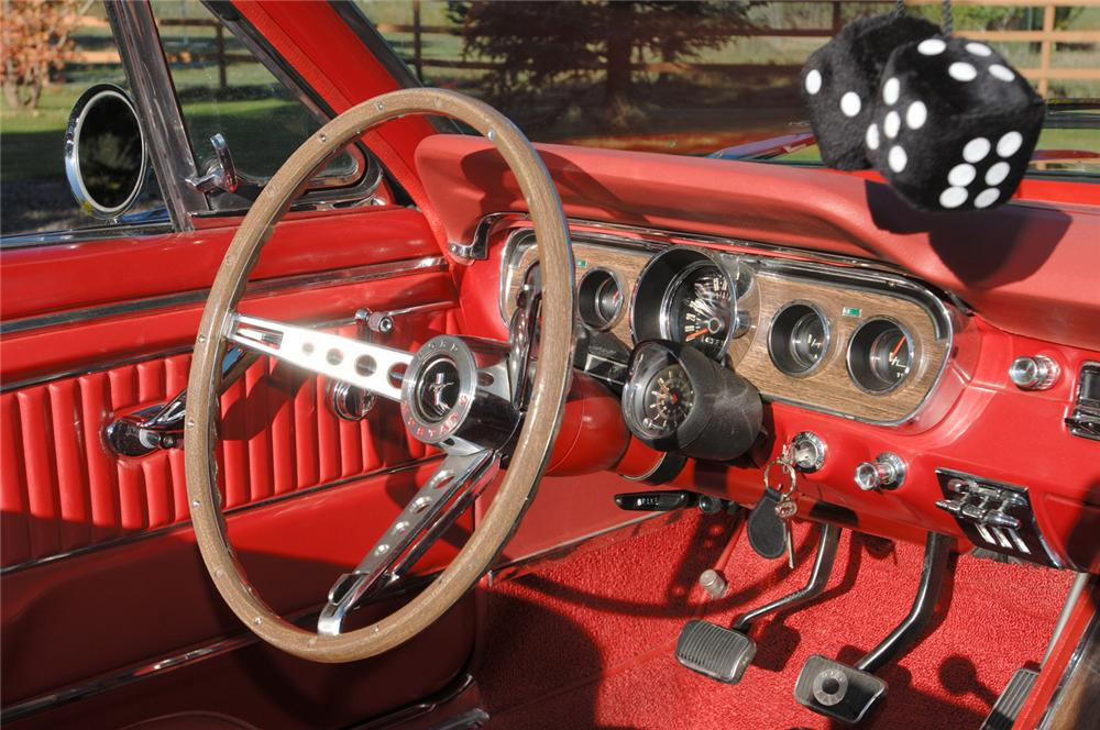 1965 FORD MUSTANG GT CONVERTIBLE - Interior - 61695