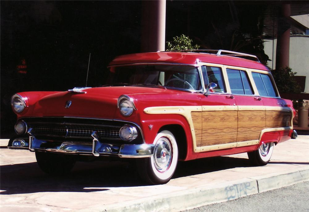 1955 FORD COUNTRY SQUIRE 4 DOOR WOODY WAGON - Front 3/4 - 61721