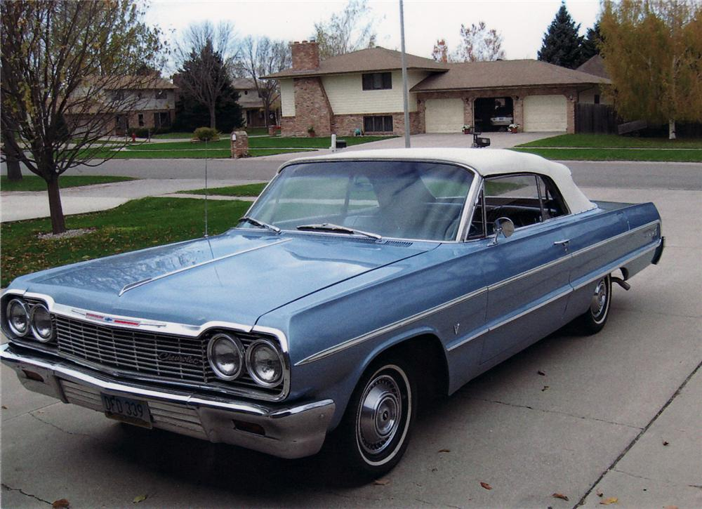 1964 CHEVROLET IMPALA CONVERTIBLE - Front 3/4 - 61724