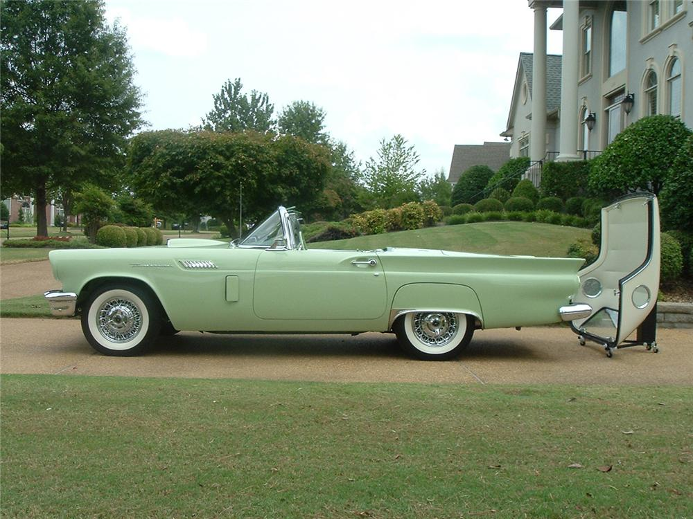 1957 FORD THUNDERBIRD CONVERTIBLE - Side Profile - 61732