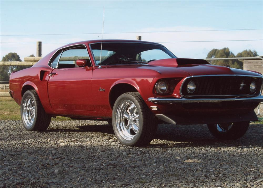 1969 FORD MUSTANG FASTBACK - Front 3/4 - 61750