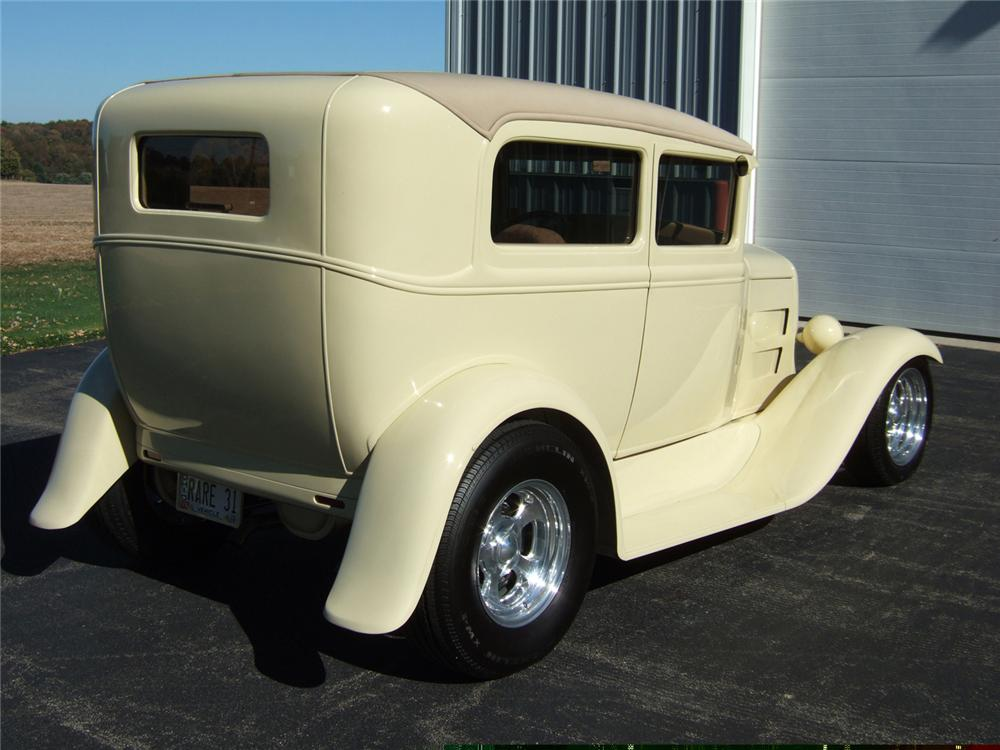 1931 ford model a 2 door sedan with trailer 61813 for 1931 chevrolet 4 door sedan
