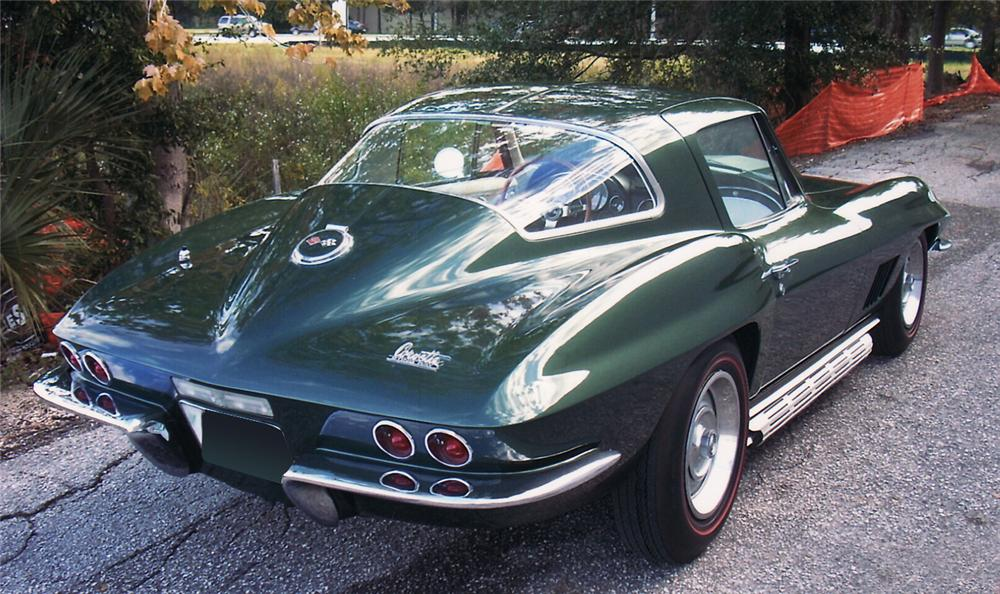 1967 CHEVROLET CORVETTE COUPE - Rear 3/4 - 61817