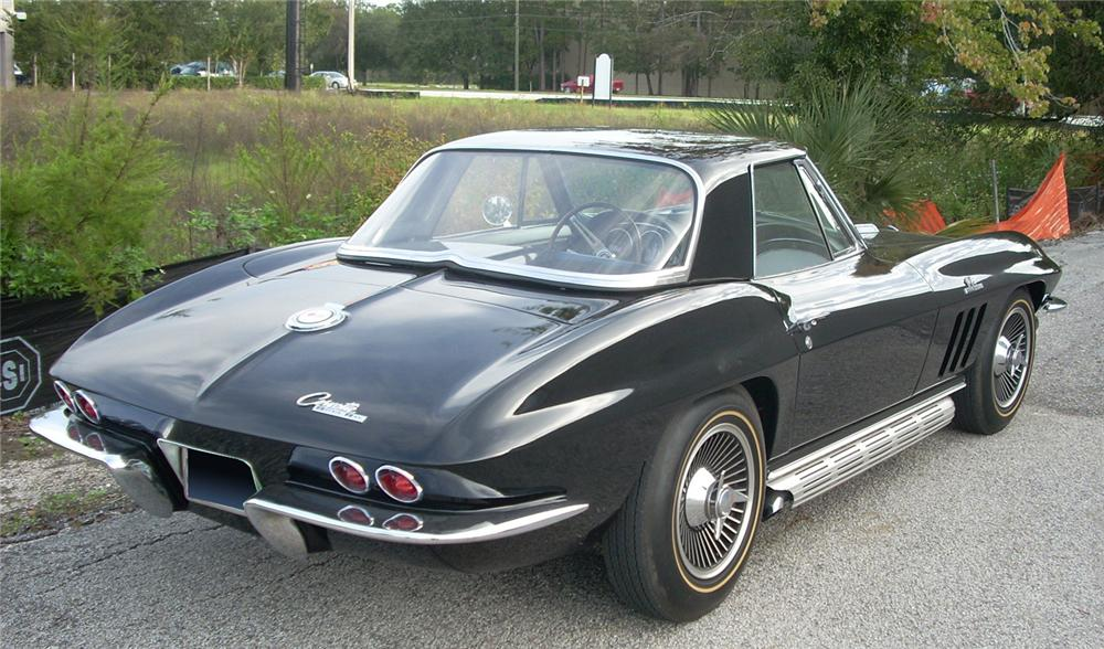 1965 CHEVROLET CORVETTE COUPE - Rear 3/4 - 61819