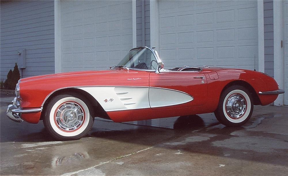 1960 CHEVROLET CORVETTE CONVERTIBLE - Side Profile - 61867