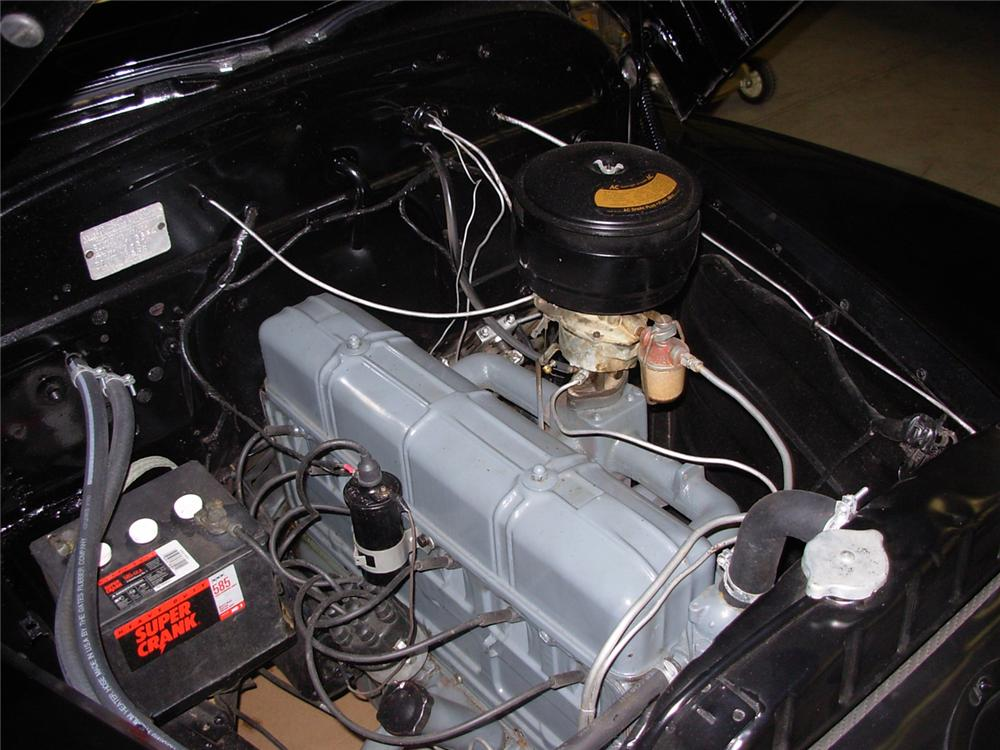 1947 CHEVROLET FLEETMASTER COUNTRY CLUB COUPE - Engine - 61902
