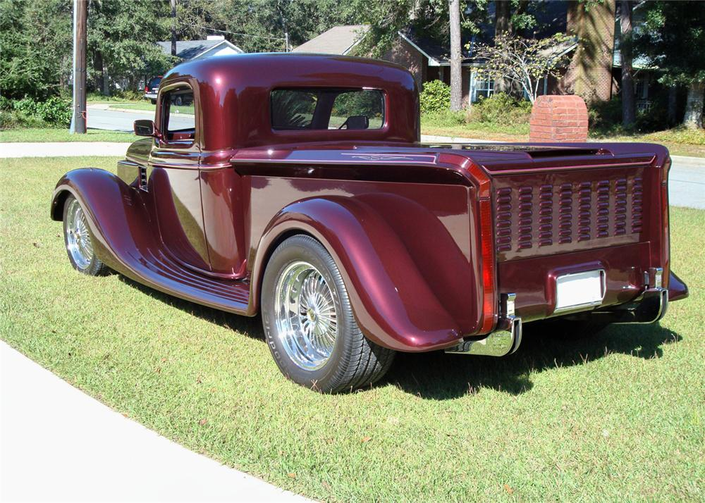 1936 FORD CUSTOM PICKUP - Rear 3/4 - 61933