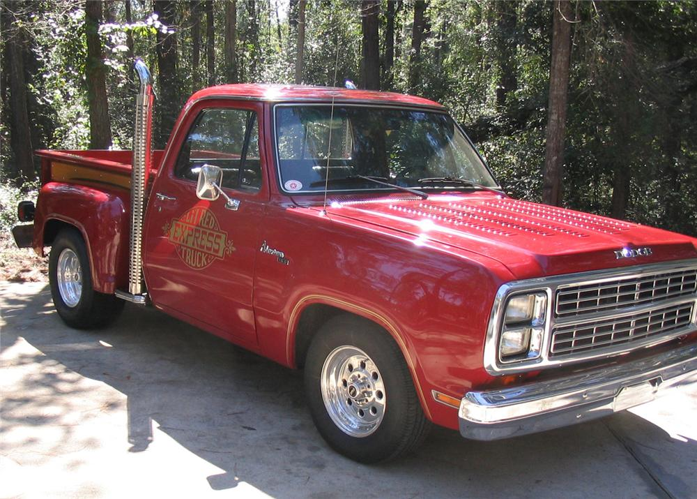 1979 DODGE LIL RED EXPRESS CUSTOM PICKUP - Front 3/4 - 61943