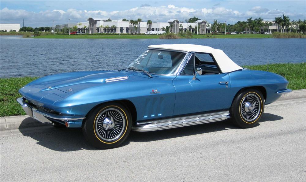 1966 CHEVROLET CORVETTE CONVERTIBLE - Front 3/4 - 61949