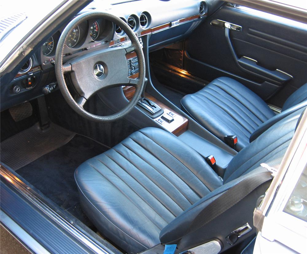 1980 MERCEDES-BENZ 450SL ROADSTER - Interior - 61951