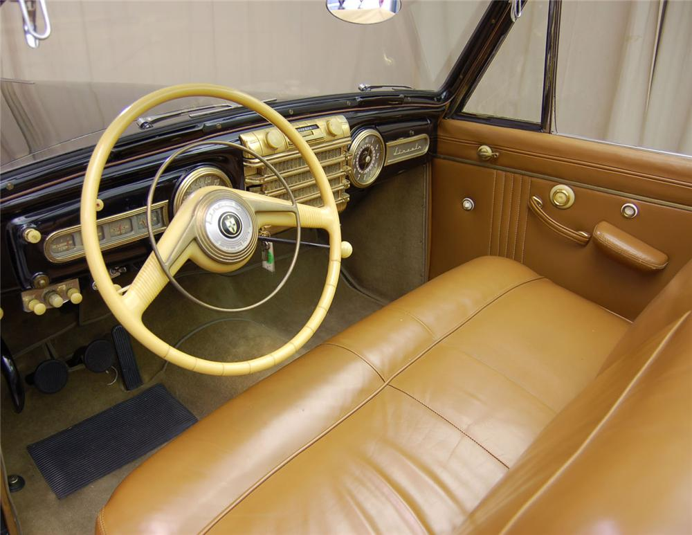 1942 LINCOLN CONTINENTAL CONVERTIBLE - Interior - 62042