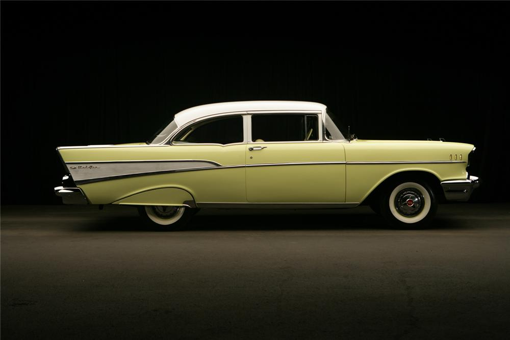 1957 CHEVROLET BEL AIR 2 DOOR POST - Side Profile - 62317