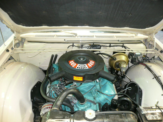 1966 CHRYSLER 300 CONVERTIBLE - Engine - 62405