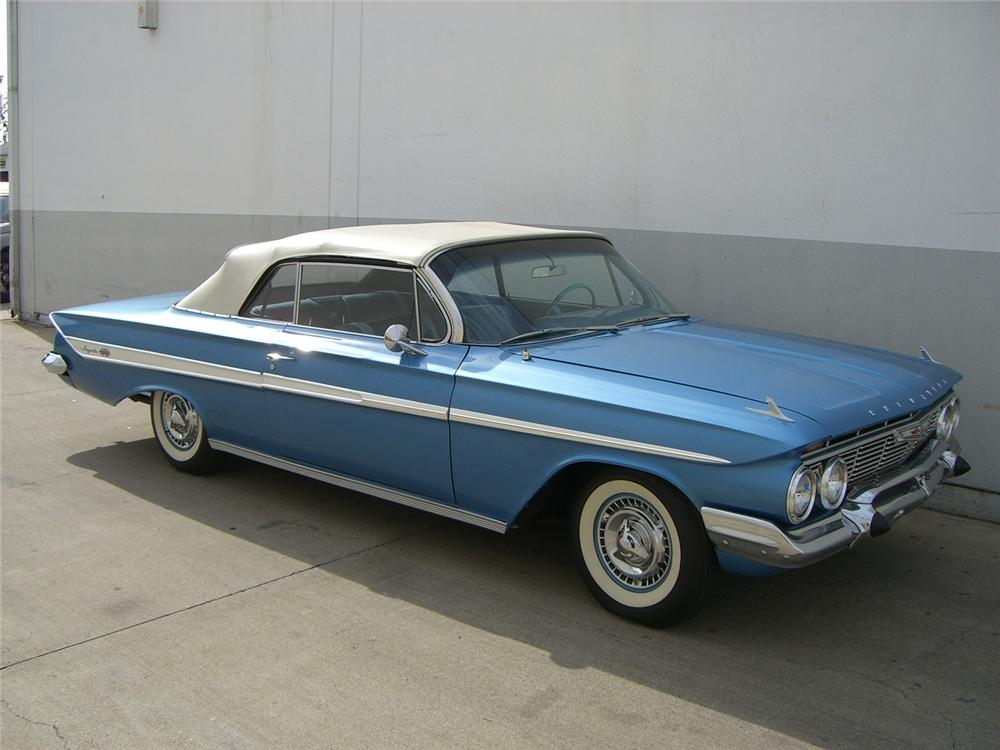 1961 CHEVROLET IMPALA SS 409 CONVERTIBLE - Front 3/4 - 62744