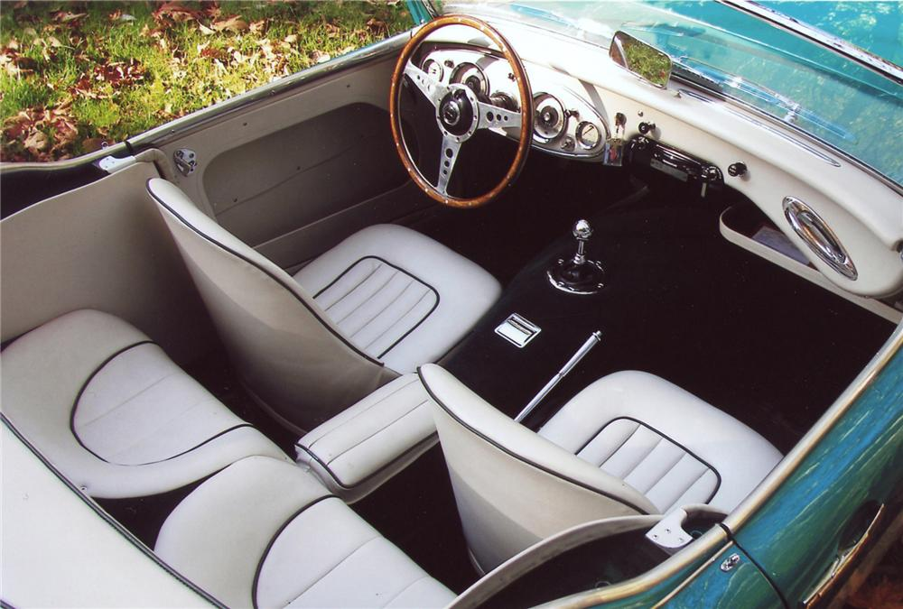 1960 AUSTIN-HEALEY 3000 BT7 ROADSTER - Interior - 63822