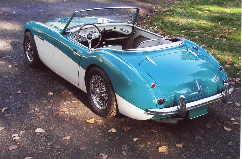 1960 AUSTIN-HEALEY 3000 BT7 ROADSTER - Rear 3/4 - 63822