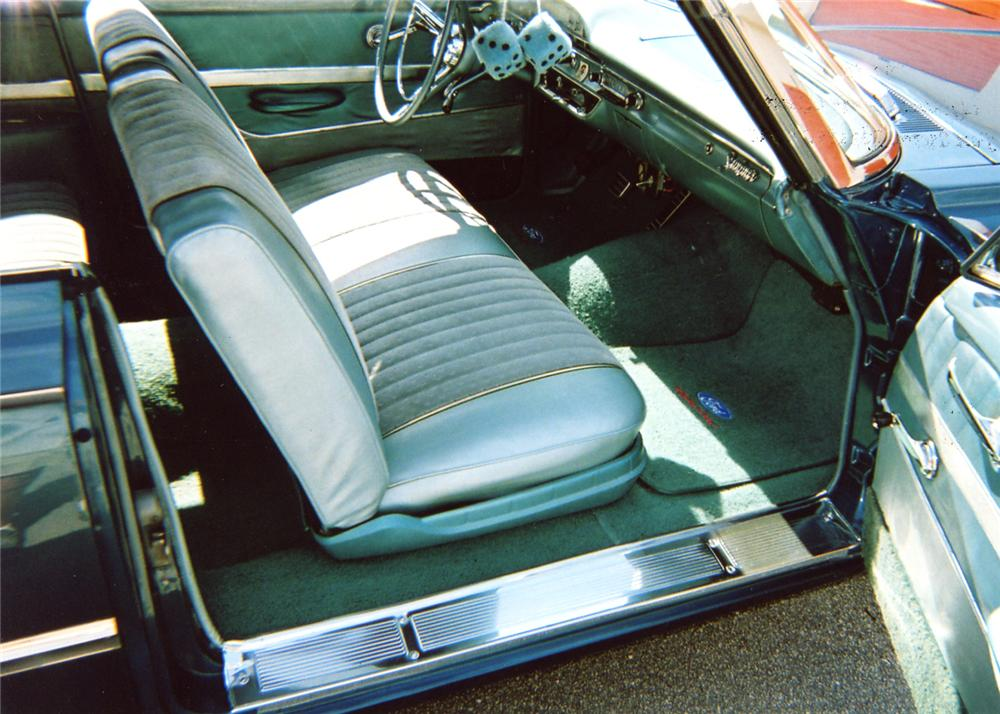 1961 FORD GALAXIE SUNLINER CONVERTIBLE - Interior - 63829