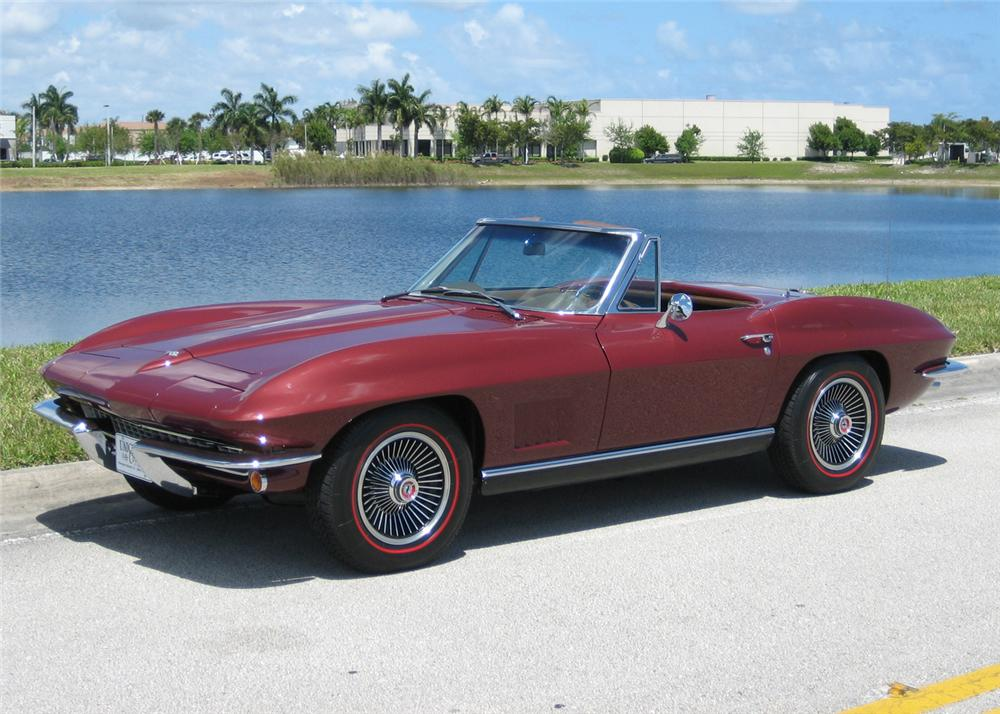 1967 CHEVROLET CORVETTE CONVERTIBLE - Front 3/4 - 63863