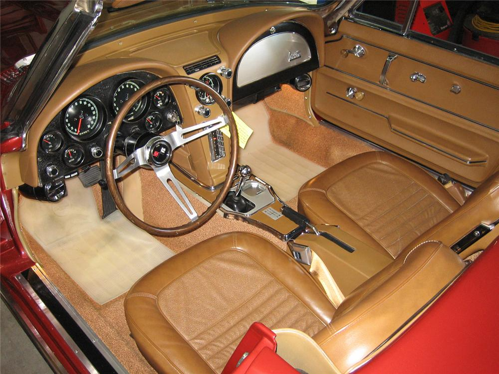 1967 CHEVROLET CORVETTE CONVERTIBLE - Interior - 63863