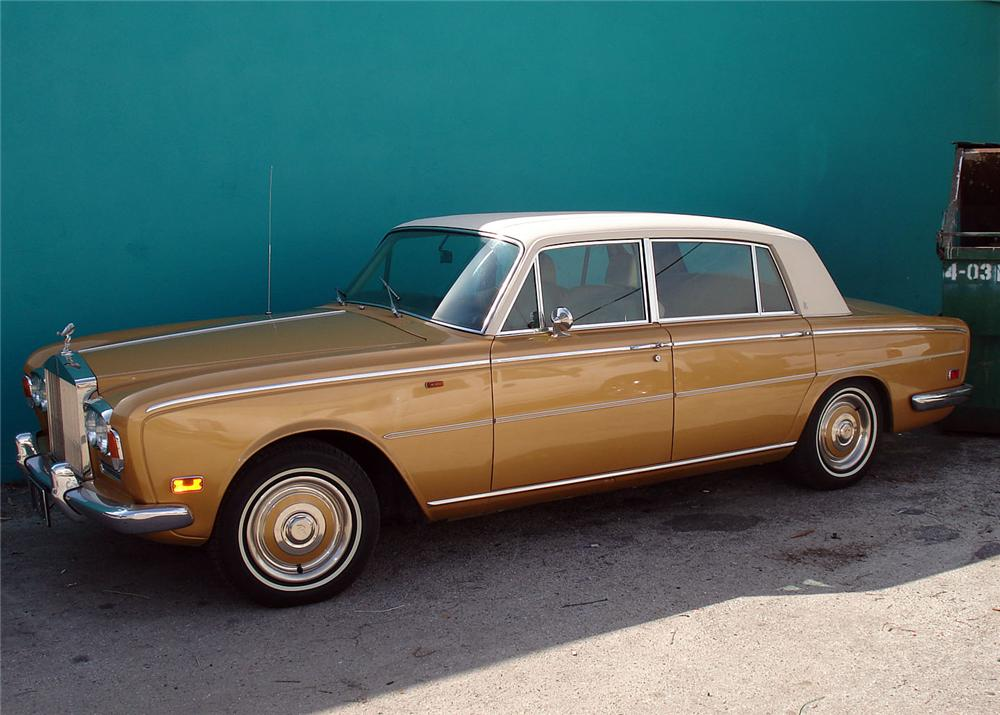 1973 ROLLS-ROYCE SILVER SHADOW 4 DOOR SEDAN - Front 3/4 - 63882