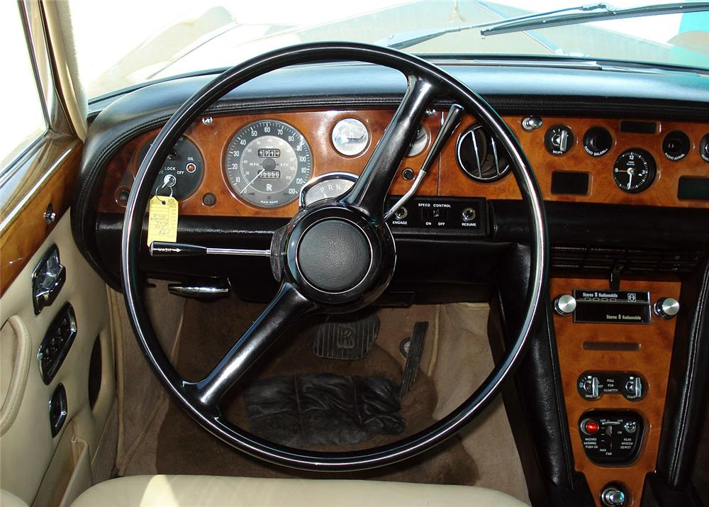 1973 ROLLS-ROYCE SILVER SHADOW 4 DOOR SEDAN - Interior - 63882