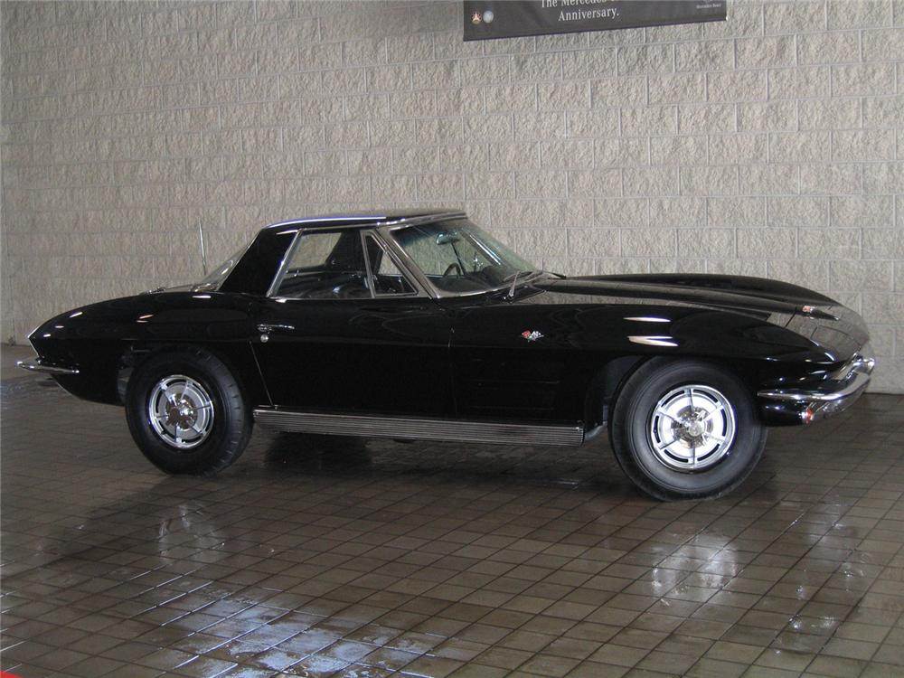 1963 CHEVROLET CORVETTE CONVERTIBLE - Side Profile - 63886