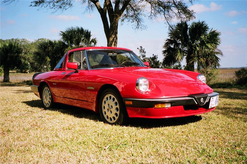 1986 ALFA ROMEO SPIDER CONVERTIBLE - Front 3/4 - 63889