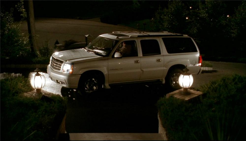 2003 CADILLAC ESCALADE ESV TONY SOPRANOS FROM THE SOPRANOS - Side Profile - 63919