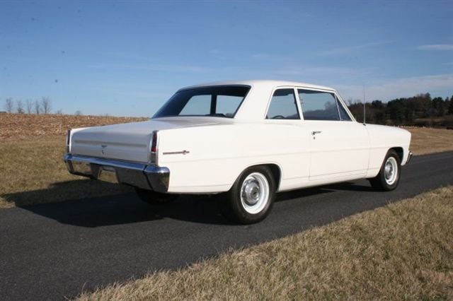 1967 CHEVROLET NOVA 2 DOOR HARDTOP - Rear 3/4 - 63933