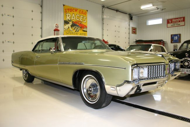 1968 BUICK ELECTRA 225 CONVERTIBLE - Front 3/4 - 63935