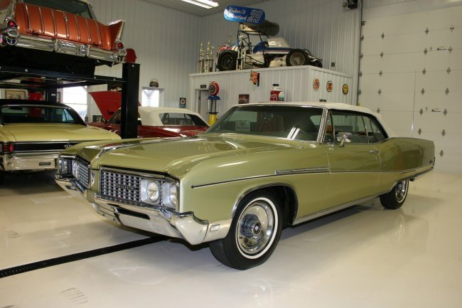 1968 BUICK ELECTRA 225 CONVERTIBLE - Side Profile - 63935