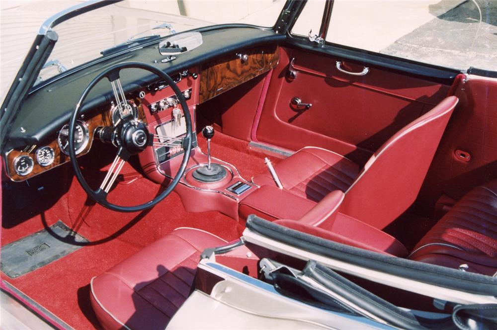 1965 AUSTIN-HEALEY 3000 MARK III BJ8 CONVERTIBLE - Interior - 63943