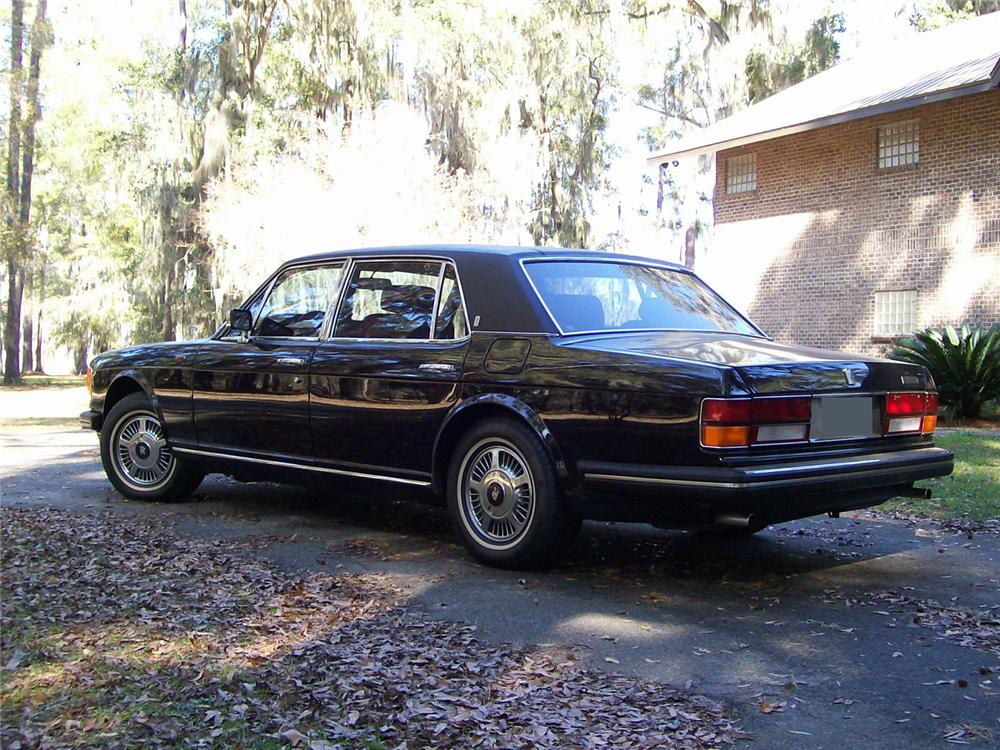 1985 ROLLS-ROYCE SILVER SPUR 4 DOOR SEDAN - Rear 3/4 - 63960