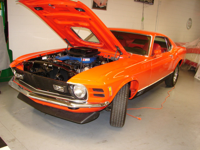 1970 FORD MUSTANG 428 CJ FASTBACK - Front 3/4 - 63964