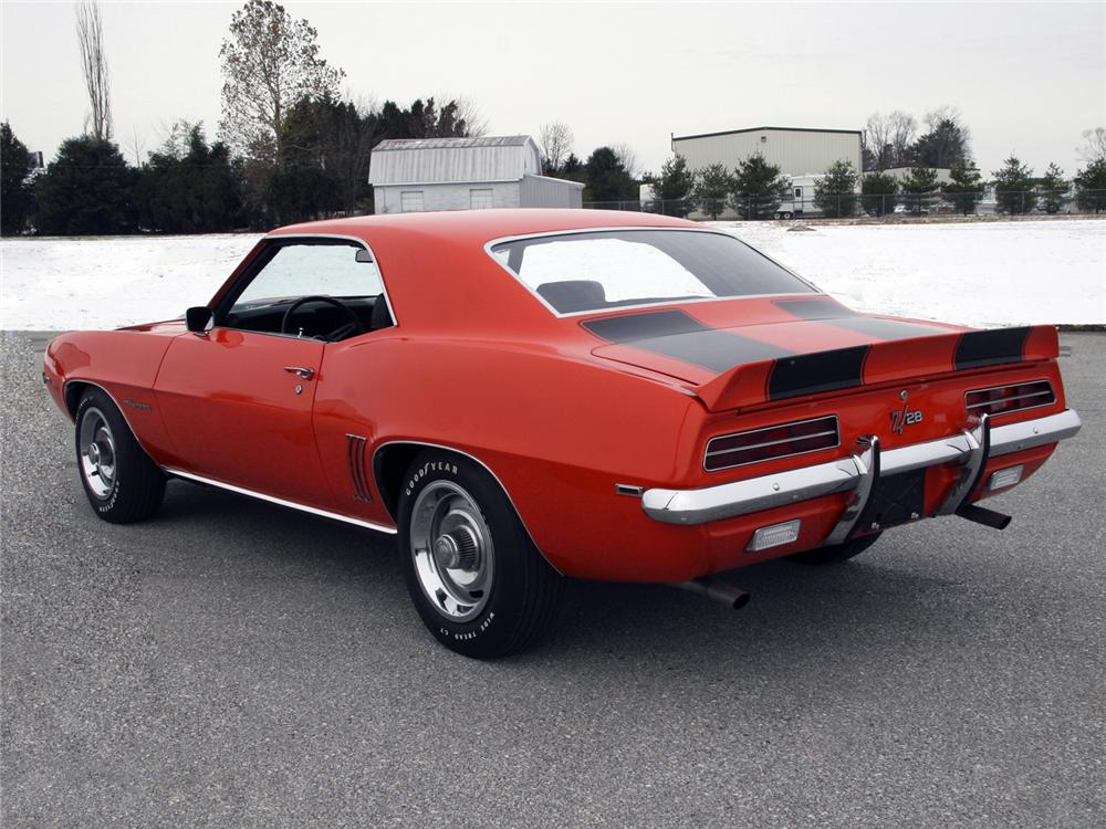 1969 CHEVROLET CAMARO Z/28 RS COUPE - Rear 3/4 - 63998