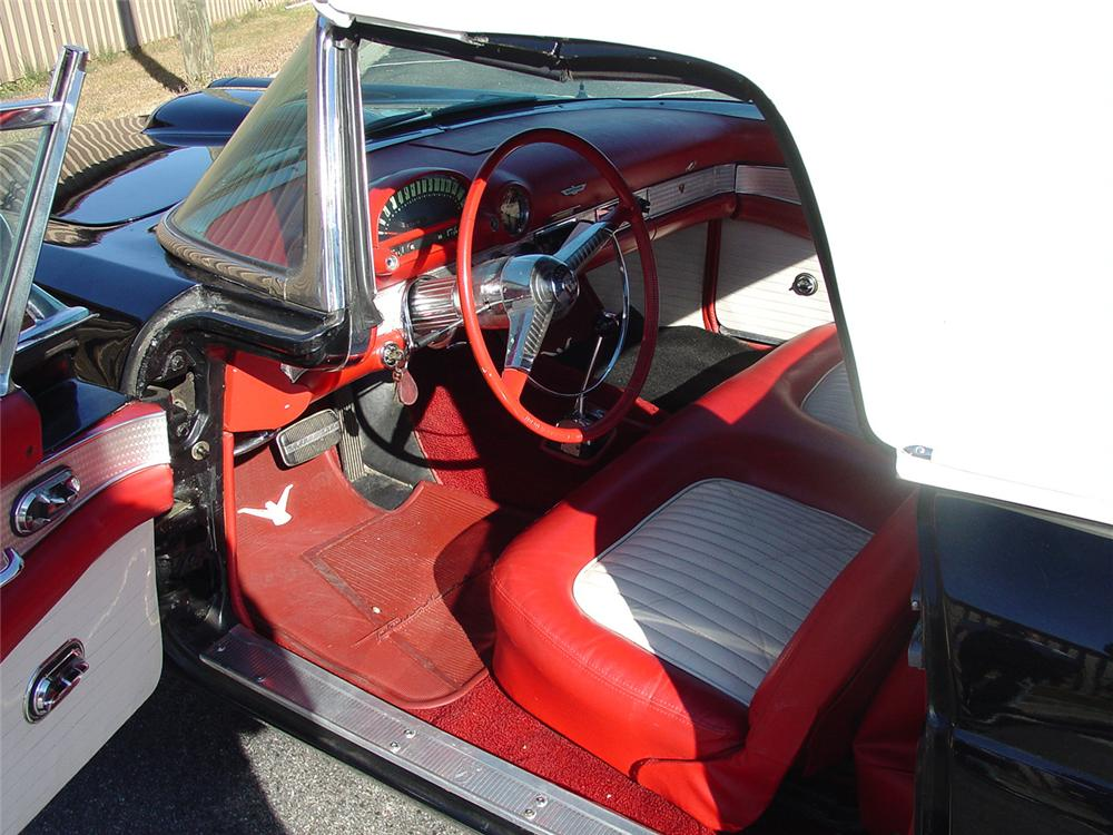 1955 FORD THUNDERBIRD CONVERTIBLE - Interior - 64019